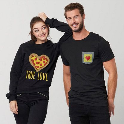 Share the love! Zazzle's selection of Valentine's Day gifts. Give the gift of love with Zazzle! End Monday 23-01-2017 Link to products: http://www.zazzle.com/valentines+day+gifts?rf=238167879144476949 #offer  #ValentinesDay #gifts #SanValentin #love #camiseta #tshirt #taza #mug #carcasas #cases #products #gorra #hat