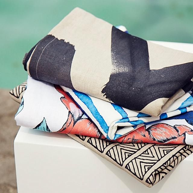 TALULAH Rolling of Waves Capri Linen Throw