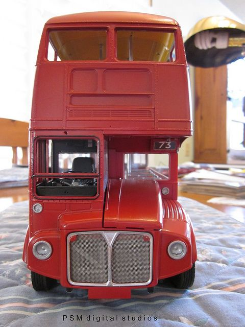 revell 1 24th scale routemaster london double decker bus build the bus cafe and brand double. Black Bedroom Furniture Sets. Home Design Ideas