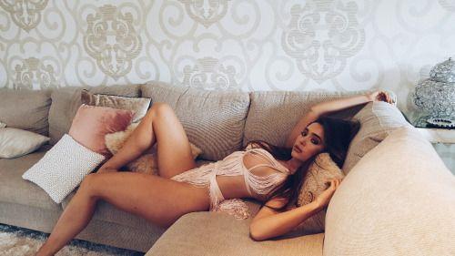 female escorts sexy gorgeous miss genessa seductive best today