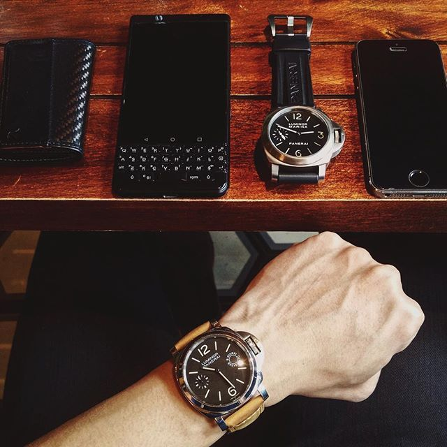 #inst10 #ReGram @khanhduy2988: Show me the meaning of being lonely... #backstreetboys #tgif #friday #afternoon #brothers #edc #hanoi #2018