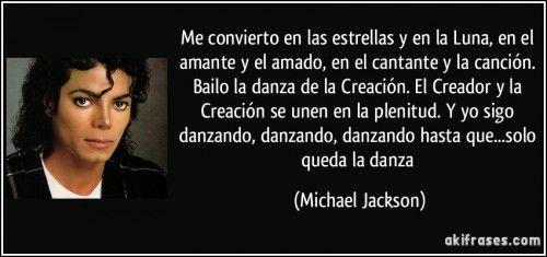 frase-me-convierto-en-las-estrellas-y-en-la-luna-en-el-amante-y-el-amado-en-el-cantante-y-la-cancion-michael-jackson-150947