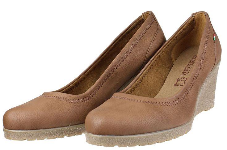 Γυναικείες πλατφόρμες RAGAZZA ελληνικής κατασκευής σε χρώμα ταμπά,ιδανική επιλογή και για χονδρά πόδια,τέλεια εφαρμογή....