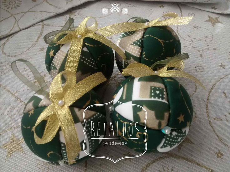 #christmas balls #patchwork / #Bolas de #Natal em patchwork com 21,5cm