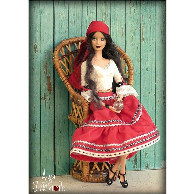 Aya #jswdolls #doll #dollphoto #fashiondoll #mattel #barbie #barbiedoll #barbiecollector