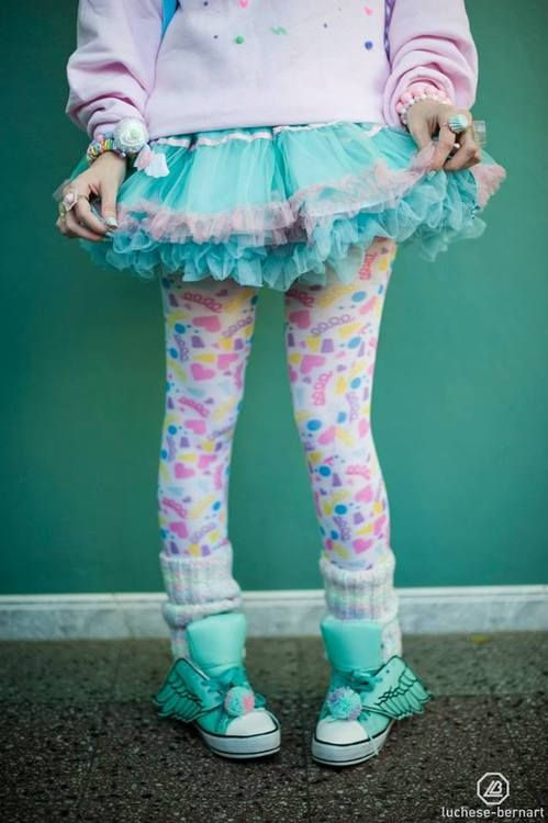 This look is too adorable, if I was younger I would still be rocking the Lolita/Fairy Kei!