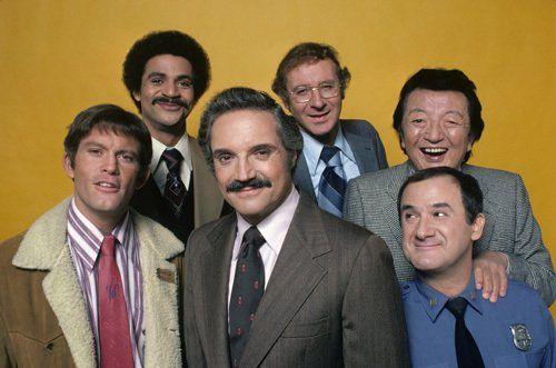 Ron Carey, Max Gail, Ron Glass, Steve Landesberg and Hal Linden in Barney Miller (1974)