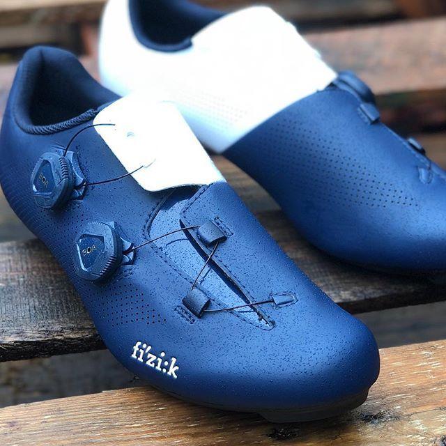 Cycling shoes, Cycling outfit, Bike wear