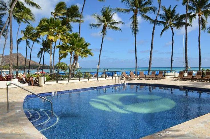 Outrigger Reef Waikiki Beach Resort - swimming pool