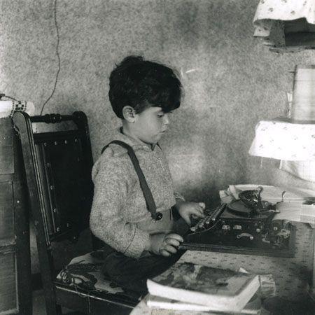 """O espetáculo infantil """"Menino Juca - A Infância de Monteiro Lobato"""" será apresentado ao ar livre no dia 7, às 11h, no Espaço Verde Chico Mendes, em São Caetano. A Cia. Teatro da Conspiração conta a infância de Juca (apelido de Monteiro Lobato), girando em torno de sua paixão por literatura. O enredo é relatado...<br /><a class=""""more-link"""" href=""""https://catracalivre.com.br/geral/agenda/barato/menino-juca-a-infancia-de-monteiro-lobato-ao-ar-livre/"""">Continue lendo »</a>"""