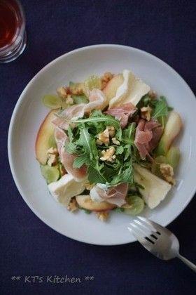 生ハムと桃、チーズのルッコラサラダ by KT121 [クックパッド] 簡単 ...