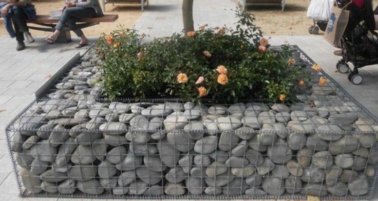 Gabion basket outdoor planter gabion baskets for Gabion landscaping