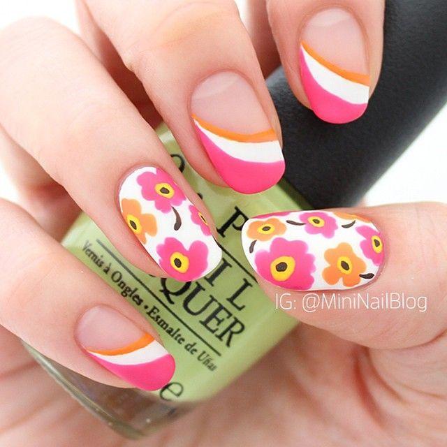 Nails by mininailblog inspired by the unikko fabric available at http://kiitosmarimekko.com/products/pieni-unikko-ii-fabric-pink-red-orange