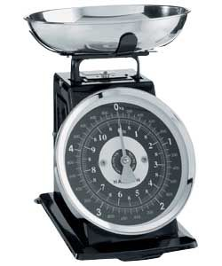 Traditional Kitchen Scales £15