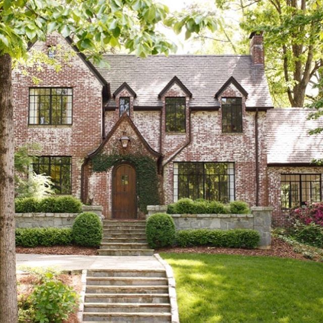 Curb appeal on this pretty brick beauty.
