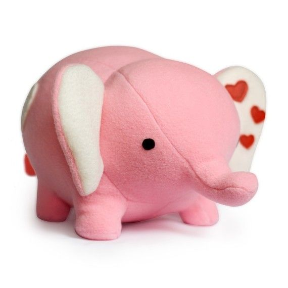 Make your own cute fat love elephant plushie! This cute love elephant will be 20 cm/ 8 inch high when finished.    The pattern also includes a