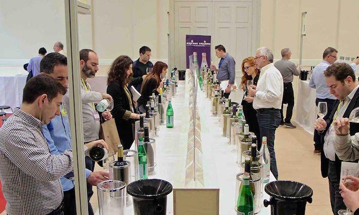 Discover Greek Wines: Η πασίγνωστη πια και πάντα λειτουργική «Πλατεία Γευσιγνωσίας» του Οινοράματος, για τους επαγγελματίες