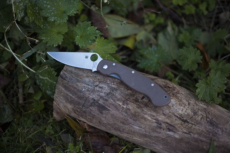 Spyderco Military G-10 Handle Folding Knife Review: http://ift.tt/1Je83TV   #survival #preppers #gear From MoreThanJustSurviving.com