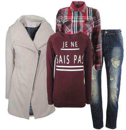 'Je ne sais pas' sweatshirt and boyfriend jeans