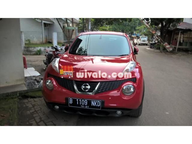 Foto Mobil bekas Nissan Juke warna merah 2011
