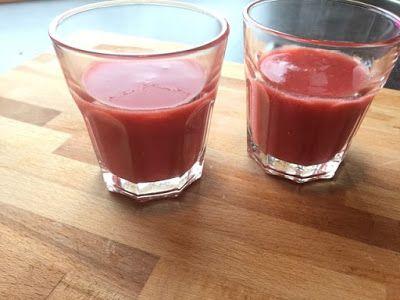 Krea10vmamma:+Vannmelon+og+jordbærsmoothie