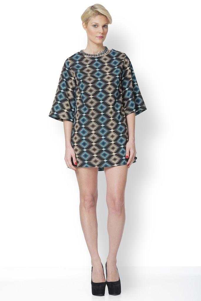 Φόρεμα άλφα με γεωμετρικούς ρόμβους στο print του!!