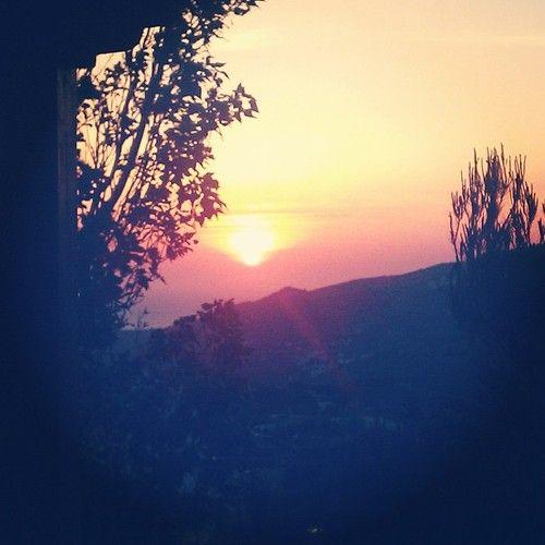 Πρωτομαγιάτικη αυγή.