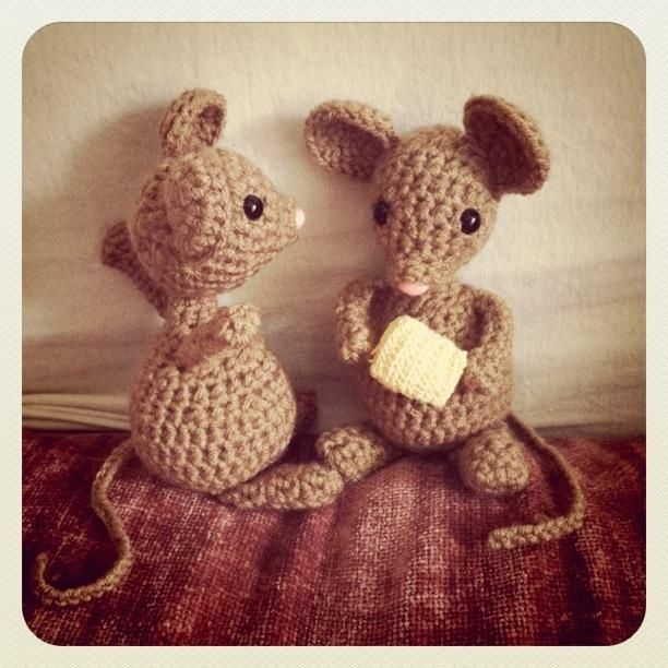 Crocheted Mouse Pattern by hookd crochet | Crocheting Pattern