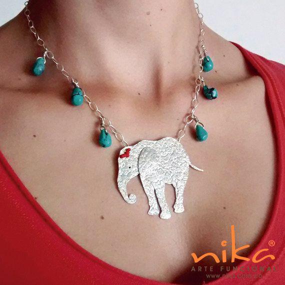Mira este artículo en mi tienda de Etsy: https://www.etsy.com/listing/270448039/jewellery-silver-necklace-elephant