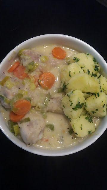 Dominique's kitchen: Waterzooi met kip en peterselieaardappelen - Chick...