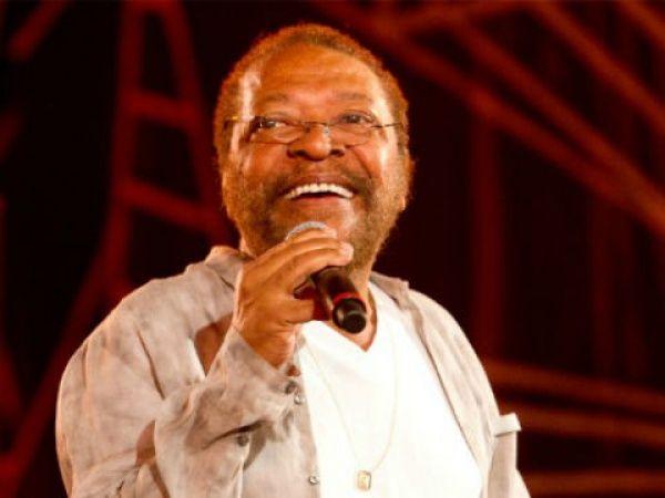 Aos 79 anos, Martinho da Vila faz faculdade de relações internacionais