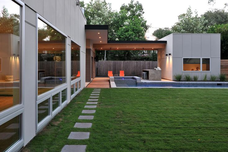 Best 25 morden house ideas on pinterest modern house for Top architecture firms houston