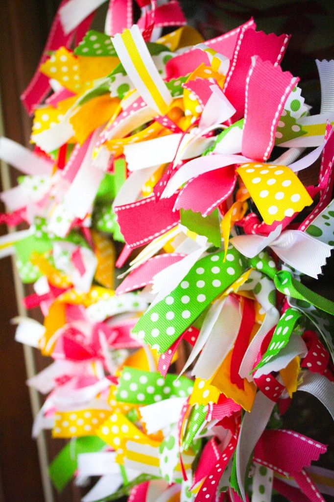 Ribbon Wreath: Tutorial