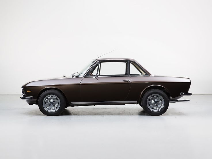 1973 Lancia Fulvia  Maintenance/restoration of old/vintage vehicles: the material for new cogs/casters/gears/pads could be cast polyamide which I (Cast polyamide) can produce. My contact: tatjana.alic@windowslive.com