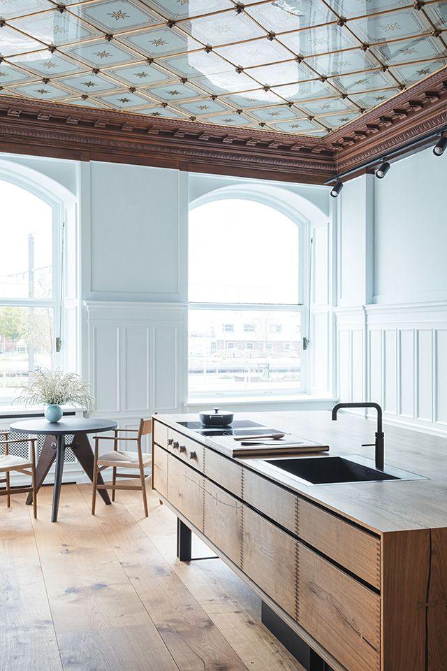 David Thulstrup Designs Symmetrical Space For Georg Jensen: New Dinesen Showroom Designed By Studio David Thulstrup
