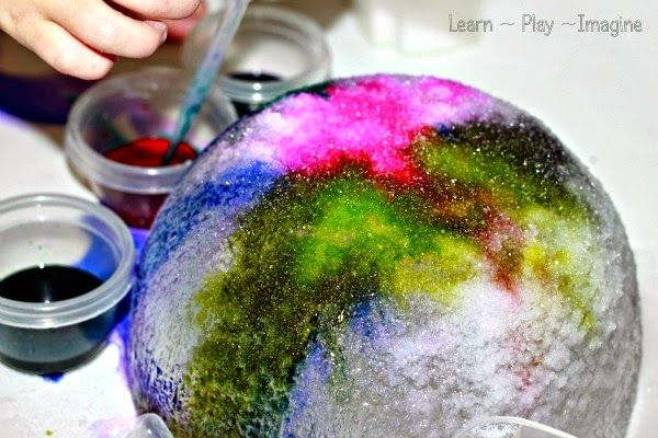 Watercolor Ice Art - Water Science for Kids        We love making art with ice , so w hen I saw this cool ice art  from Mom to 2 Posh Lil...