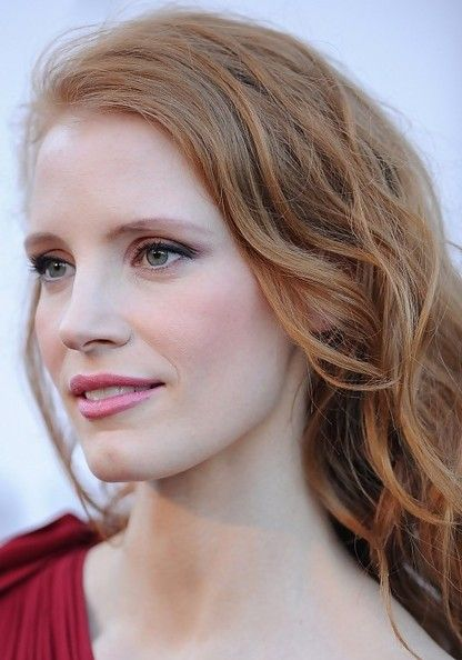 Jessica Chastain's Stunning Beachy Waves