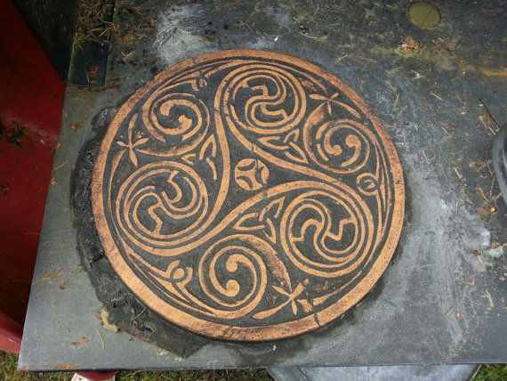 17 best images about celtic on pinterest concrete for Celtic garden designs