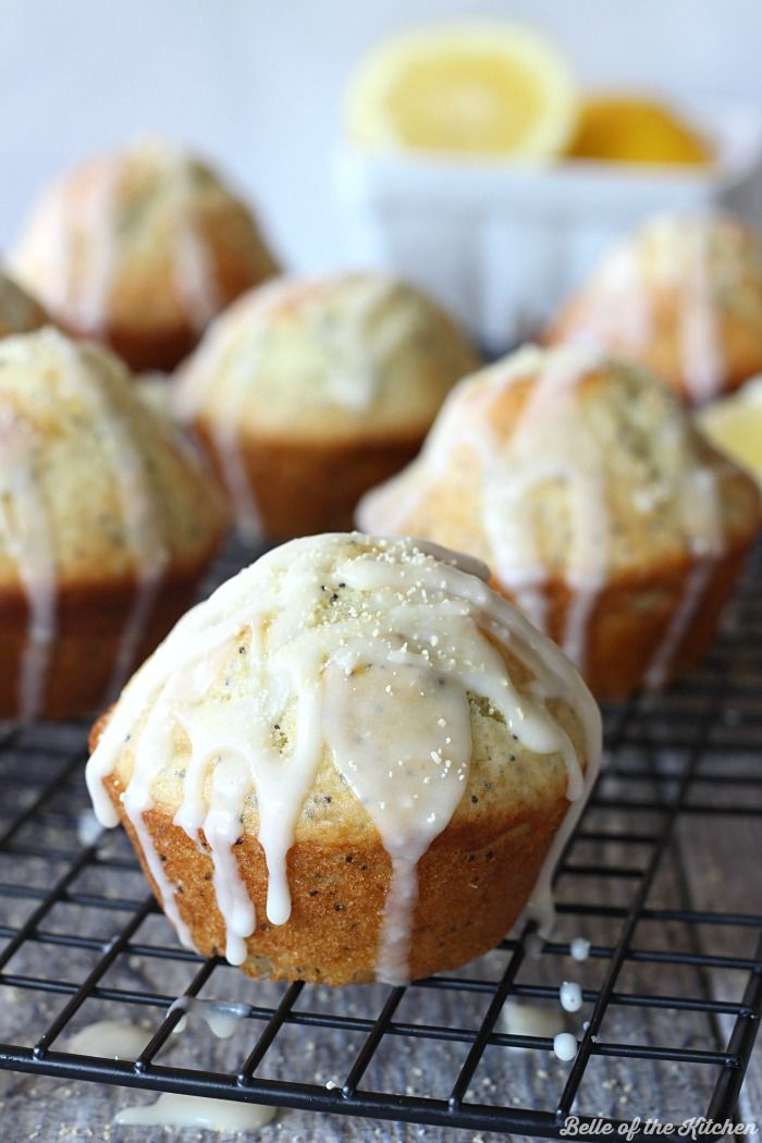 These Lemon Poppy Seed Muffins are bursting with sweet citrus flavor, and perfect for spring! They are finished with a drizzle of lemon glaze and @candhsugar Honey Granules on top. #CHHoneyGranules #ad