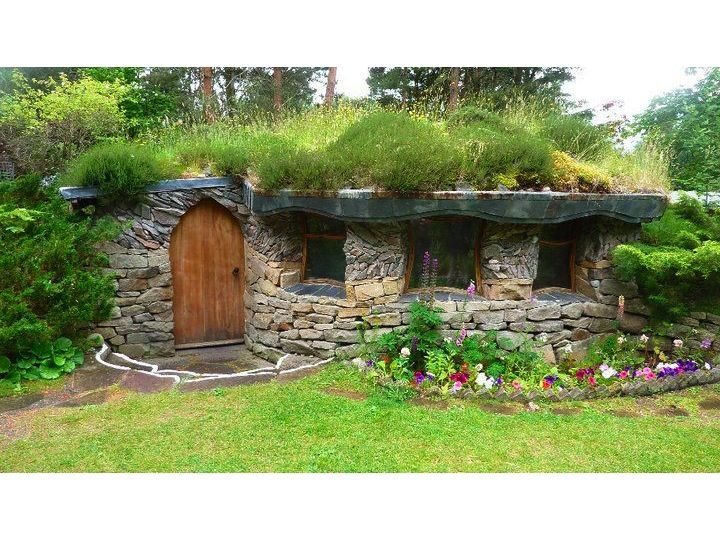 Stone Round House With Grass Roof Dream Home Pinterest
