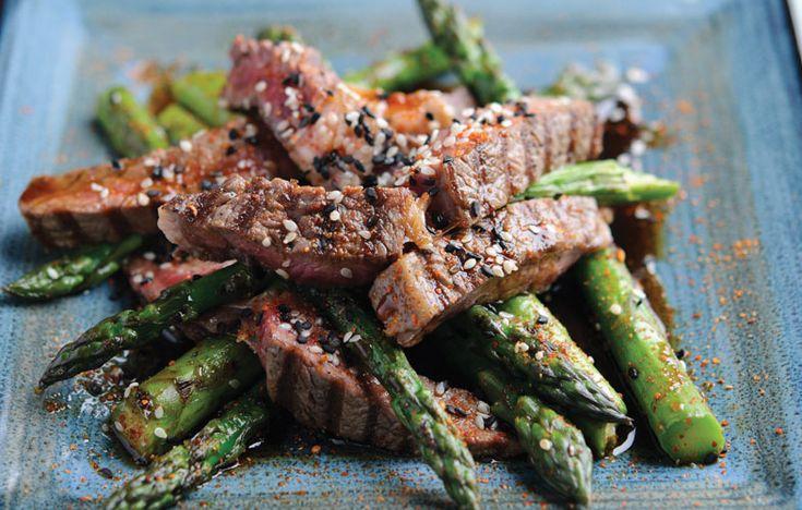 BBQ rib-eye with grilled asparagus and Teriyaki sauce