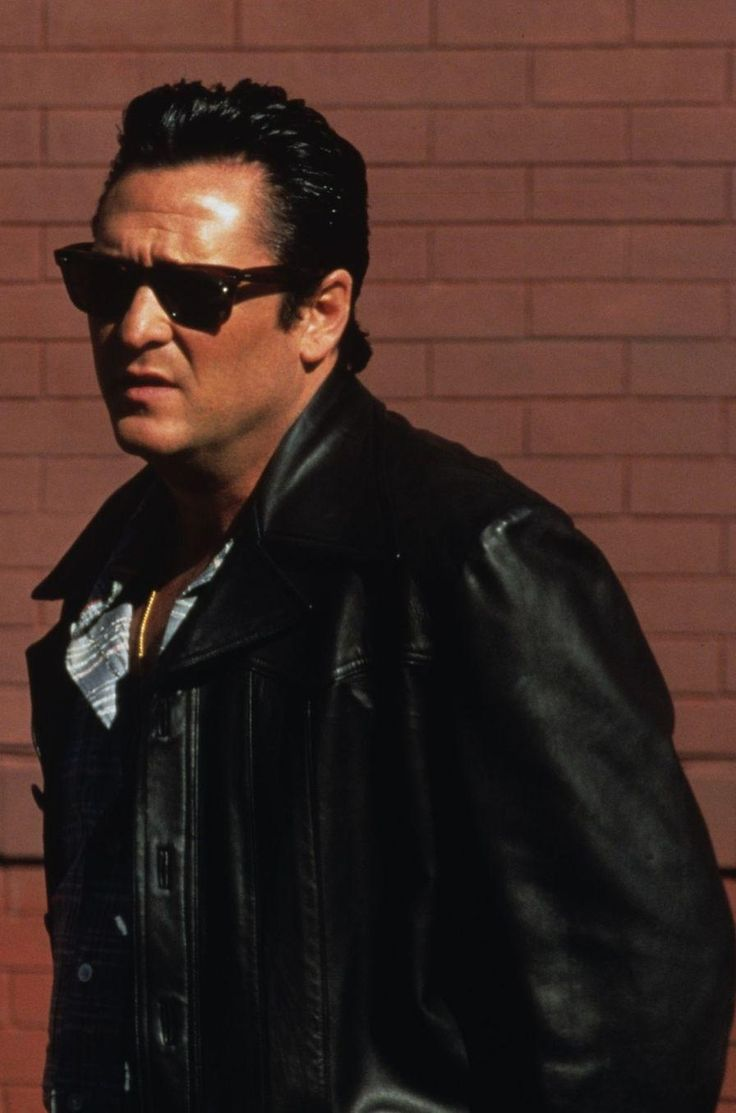 Donnie Brasco - Michael Madsen as Dominick 'Sonny Black' Napolitano #GangsterMovie #GangsterFlick