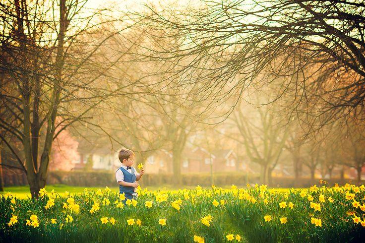 Childrens and Family Photographers UK - Reading, Berkshire, Bucks, London   Berkshire Buckinghamshire - Photos by Sunny Dhaliwal + Sharan Rai, Elysian Studios - Capturing the Magic of Life with our cameras :)