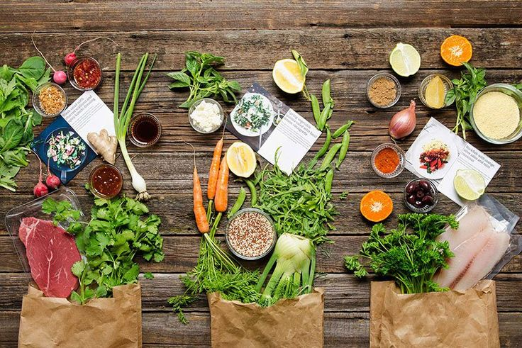 9 Healthy & Organic Food Box Delivery Services For The Conscious Consumer | Whether you're looking for a 3 night a week staple or a special occasion backup plan, these companies will deliver healthy, organic and delicious meal boxes straight to your door.