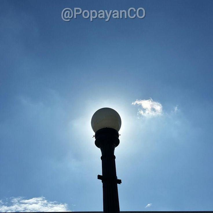 #Clima #PopayánCO min: 14ºC max: 27ºC Mañana: Cielo Parcialmente Despejado Tarde: Lluvias en Diferentes Sectores Noche: Cielo Parcialmente Nublado
