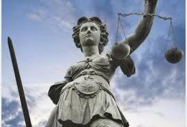 """avvocati dell'ordine di Bota, perseguiti per centinaia di crimini Avvocati clonati dal vero ordine """"un grave attacco alla sicurezza e l'affidabilità del sistema giudiziario in Romania"""" leggi la notizia completa del 13/02/2015: http://www.vremeanoua.ro/20-de-avocati-din-baroul-bota-inclusiv-cel-care-le-a-dat-robele-urmariti-penal-pentru-sute-de-infractiuni-si-acte-materiale"""