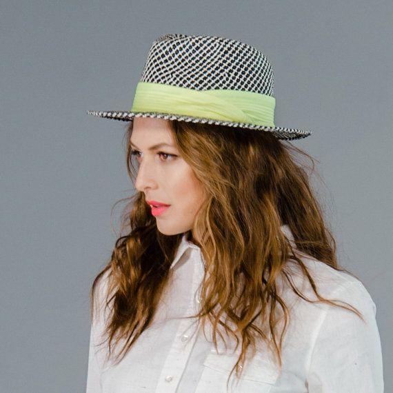 Paglia cappello Fedora Panama bianco e nero di prestonandolivia