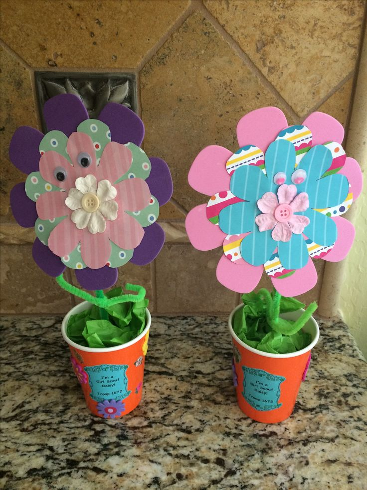 21 best brownie my family story badge ideas images on for Girl scout daisy craft ideas
