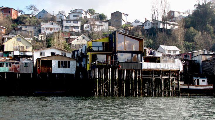 Hotel Palafita do Mar / Eugenio Ortúzar + Tania Gebauer