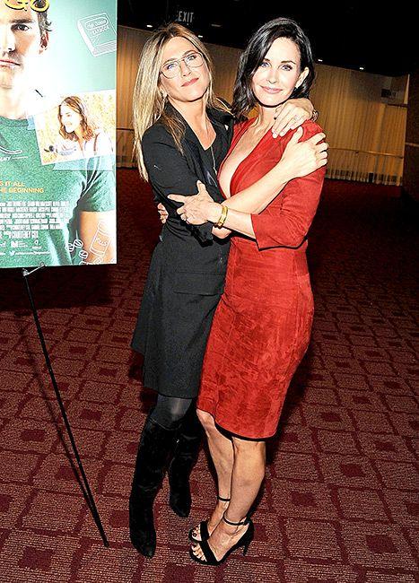 Jennifer Aniston, Courteney Cox Goof Around on the Red Carpet: Photos - Us Weekly